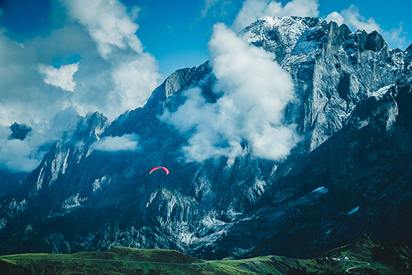 Mountain Gliding
