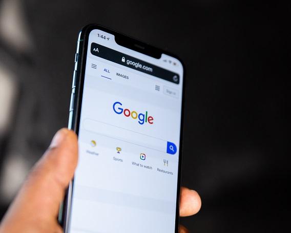 Google On A Smart PHone